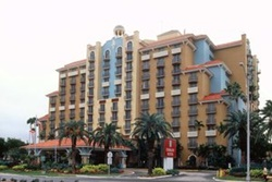 embassy suites pet friendly hotel in fort lauderdale, hotel with dogs allowed ft laud